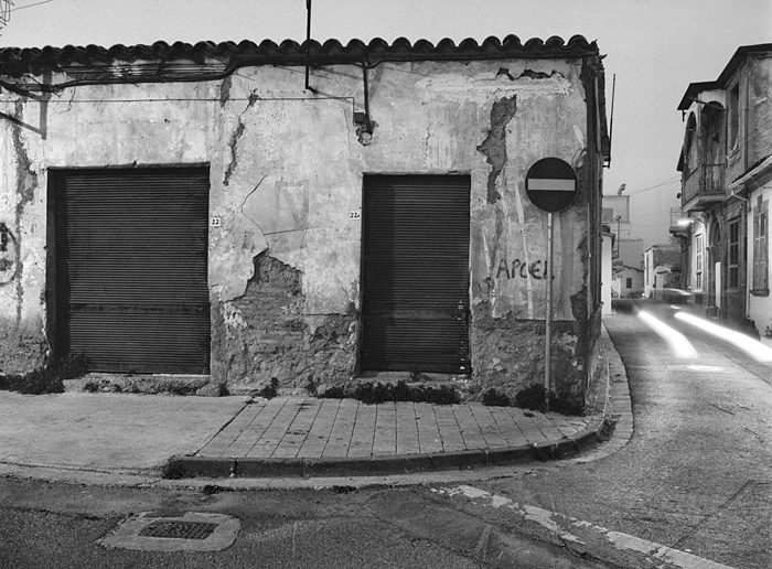 Nicosia in Dark and White #31-14